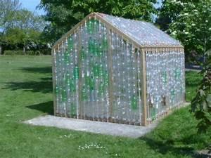 Kleines Gewächshaus Selber Bauen : kleines gew chshaus selber bauen mini treibhaus aus plastikflaschen behausung pinterest ~ Markanthonyermac.com Haus und Dekorationen