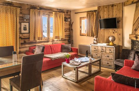 location val thorens 4 pi 232 ces 4 pi 232 ces cabine r 233 sidence chalet le cristallo