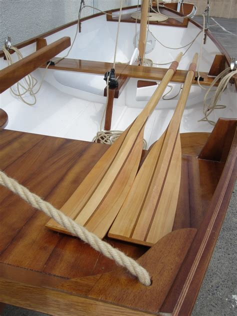Boat Building Courses London by Boat Building Academy Students Build A Selway Fisher