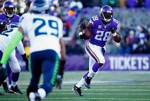 Poll: Would you like to see Seahawks pursue Adrian ...