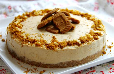 cheesecake sans cuisson 224 la p 226 te de sp 233 culoos et chocolat blanc g 226 teaux d 233 lices