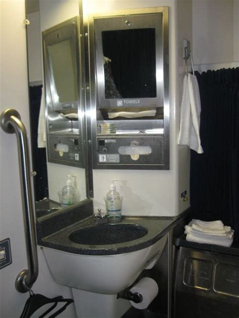 are there bathrooms on amtrak trains room ornament