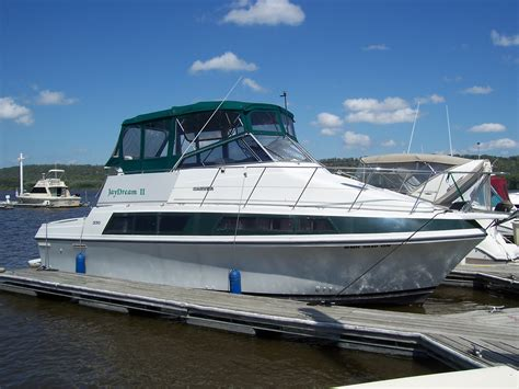 Used Boats Red Wing Mn by 1994 Carver 330 Mariner 1994 Boat In Red Wing Mn