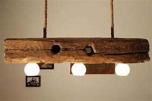 Deckenlampe Aus Holz : handgefertigte deckenlampe aus altem holzbalken von aus holz mit liebe auf lampen ~ Markanthonyermac.com Haus und Dekorationen