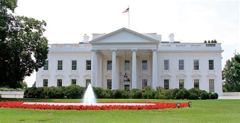 Noch Keine Antwort Vom Weißen Haus über Petition Zu Teslas