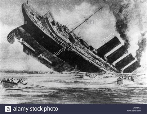 the sinking of the liner rms lusitania torpedoed
