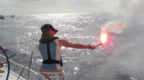 Boat Flares Shelf Life by Uscg Cc Minium Flare Requirement For 40 39 Vessel Any