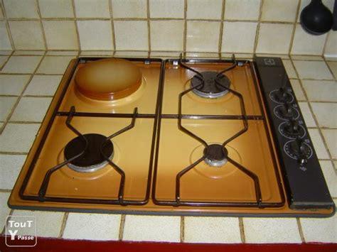 vends plaque de cuisson mixte gaz 233 lectricit 233 christol l 232 s al 232 s 30380