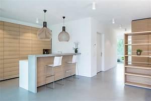 Küche Beton Holz : moderne k che mit bar 6 ideen f r eine bartheke aus holz stein und beton k chenfinder magazin ~ Markanthonyermac.com Haus und Dekorationen