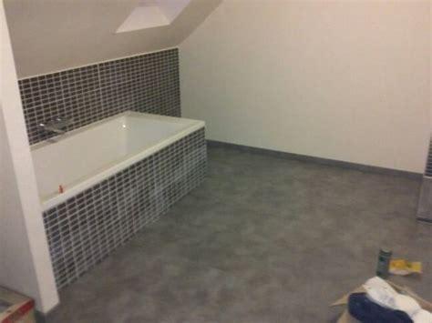 jeudi 14 fevrier joints carrelages et plinthes salle de bain isolant sol couloir etage mob67600