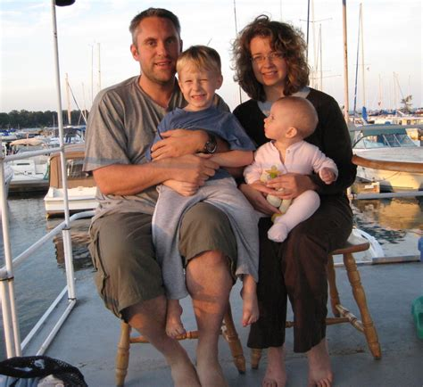Living On A Boat Full Time Uk by Living On A Boat Family And All We Live On A Boat