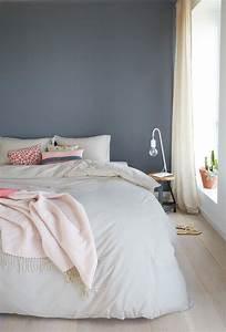 Ideen Schlafzimmer Farbe : die besten 20 wandfarbe schlafzimmer ideen auf pinterest wandfarben wohnzimmer grau blau ~ Markanthonyermac.com Haus und Dekorationen