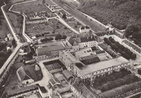 les prisons de vichy au bord de l implosion d 232 s 1941 histoire p 233 nitentiaire et justice militaire