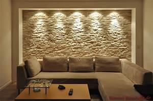 Wohnzimmer Farbe Gestaltung : riemchen mediterraner hausbau ~ Markanthonyermac.com Haus und Dekorationen