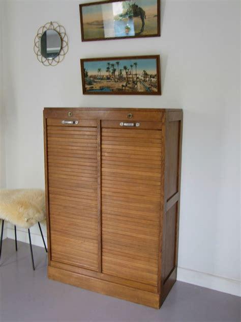 classeur a rideau vintage meubles vintage pataluna chin 233 s d 233 nich 233 s et d 233 lur 233 s