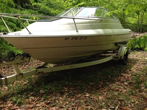 Cuddy Cabin Boats For Sale Ny by Bayliner Capri Cuddy Cabin New Drive Boats For Sale In