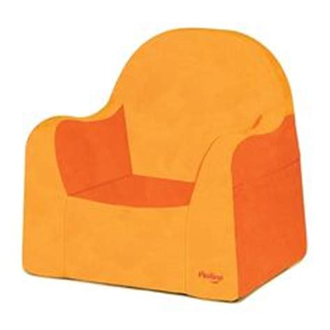 p kolino reader toddler chair with premium embroidered cover a better child s