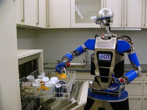 robot qui fait la cuisine 28 images le robot chef qui pr 233 pare tout seul plus de 2 000