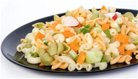 salade de p 226 tes froides aux l 233 gumes recettes du qu 233 bec