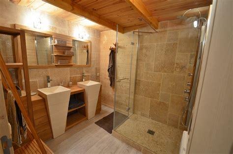 salle de bain travertin et bois meilleures id 233 es cr 233 atives pour la conception de la maison