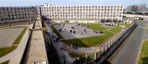 documentaires 224 la prison de fleury m 233 rogis ethnoart